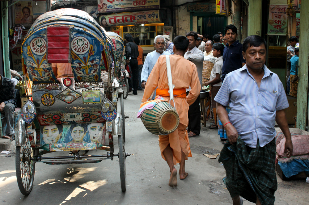 A back-street of Dhaka.