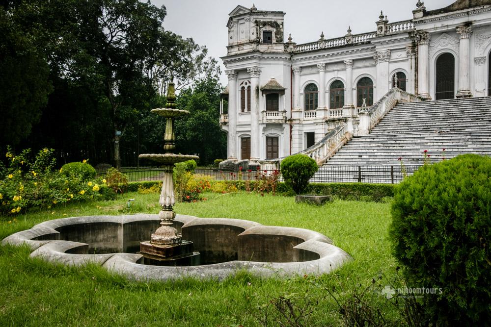 Front view of Tajhat Palace