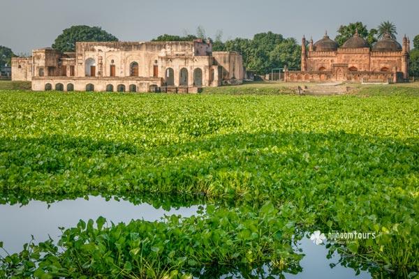 Tahkhana Complex in Gaur