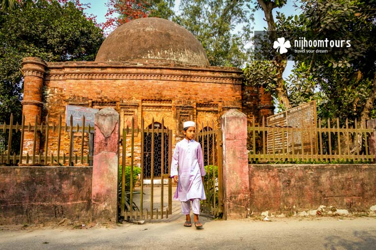 Photo of Goaldi Mosque in Sonargaon