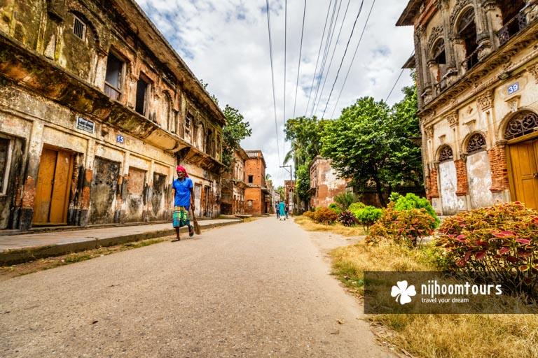 A photo of the abandoned city Panam Nagar in Sonargaon