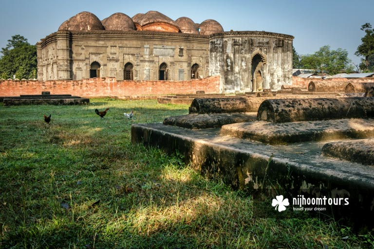 A photo of Choto Sona Masjid (Mosque) in Gaur (Gauda / Gour) - number one on our list of the most beautiful historical mosques in Bangladesh